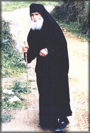 pere Paissios le Nouveau, saint moine du Mont Athos