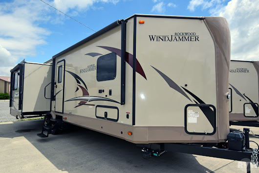 New 2018 Rockwood Windjammer 3029W Travel Trailer by Forest River at RVWholesalers.com