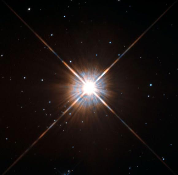 Proxima Centauri. Credit: ESA/Hubble & NASA