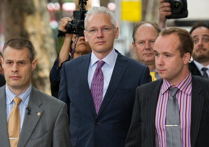julian assange advogados londres G