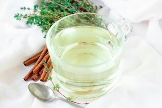 Immune Boosting Cinnamon Thyme Tea (Natural Remedy)