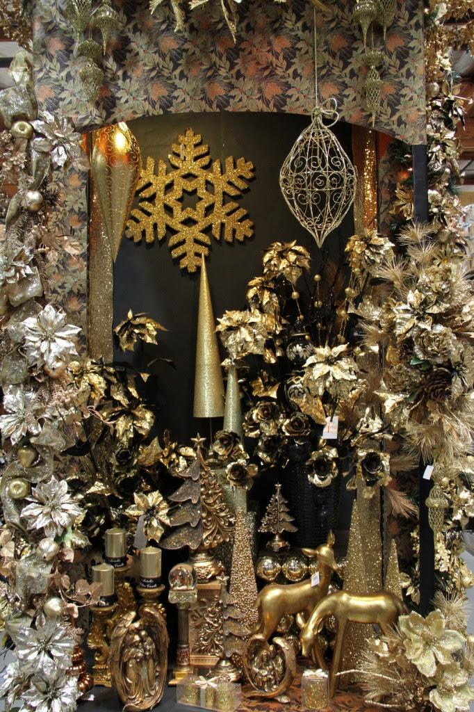 Golden Christmas Display 2013 Shinoda Design Center