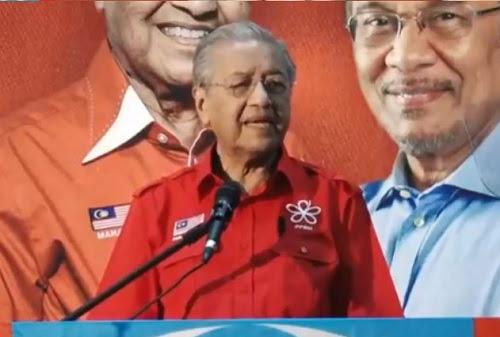 Anwar berhak bertanding di PD - Tun Mahathir