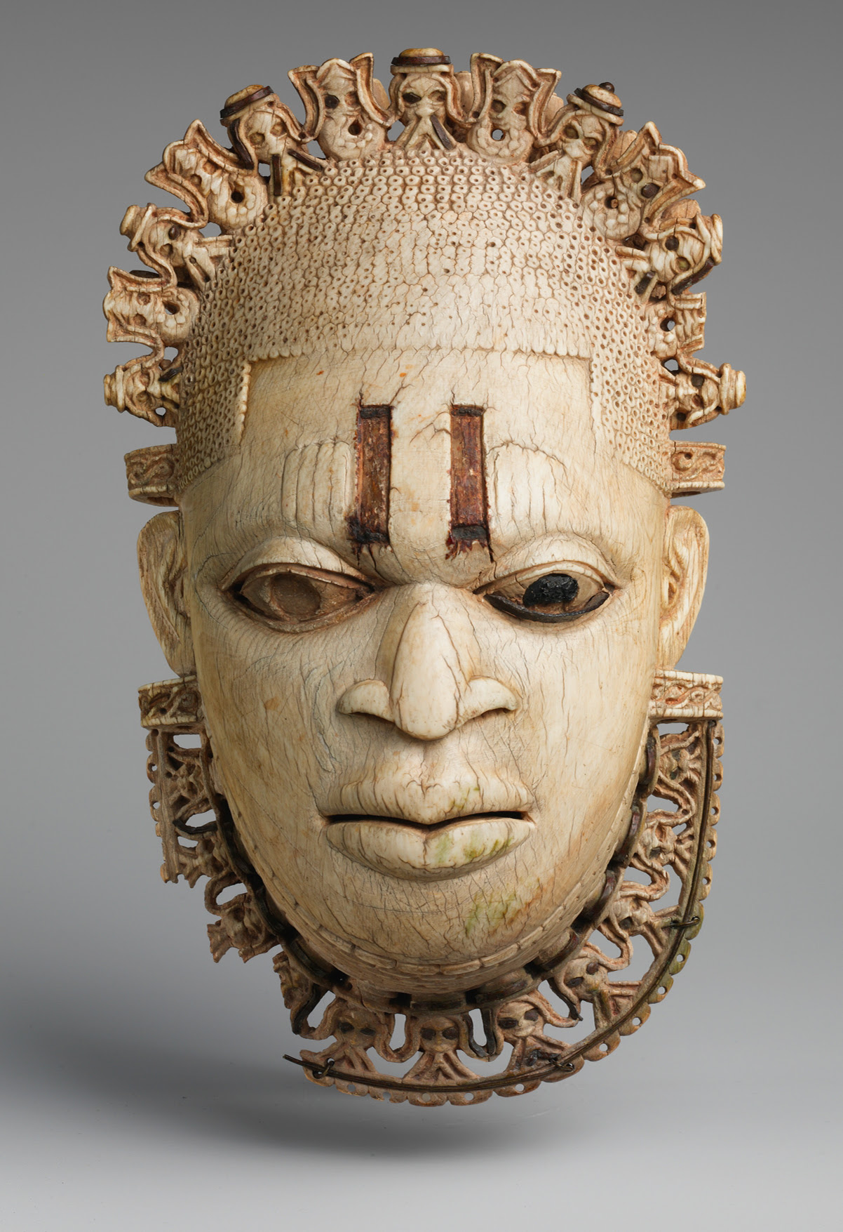 Africa's greatest mask - Masks of the World