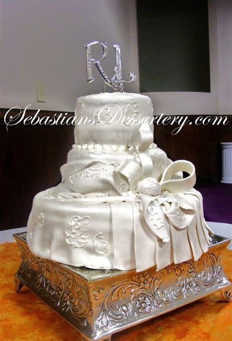 Sebastians Dessertery Cake Boss: Wedding Cakes