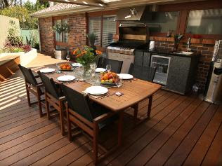 Outdoor Entertaining Area Pics | Decorator Showcase : Home