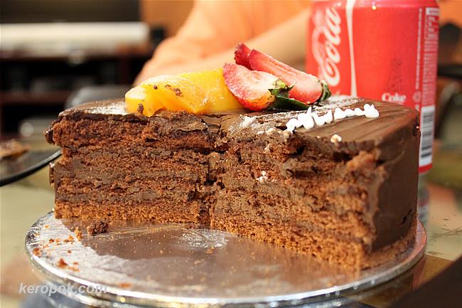 Cake Avenue