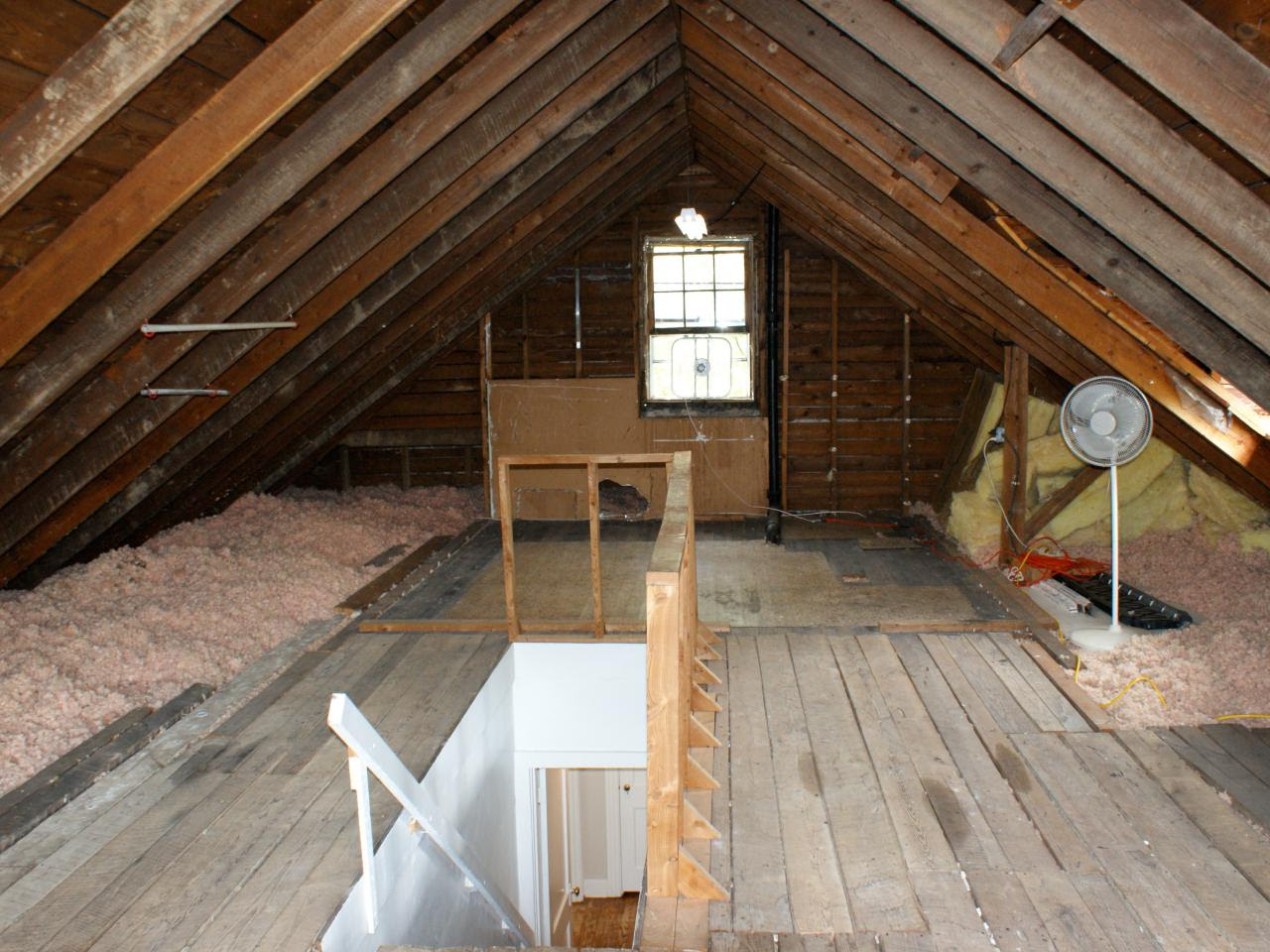 Run My Renovation: An Unfinished Attic Becomes a Master ...