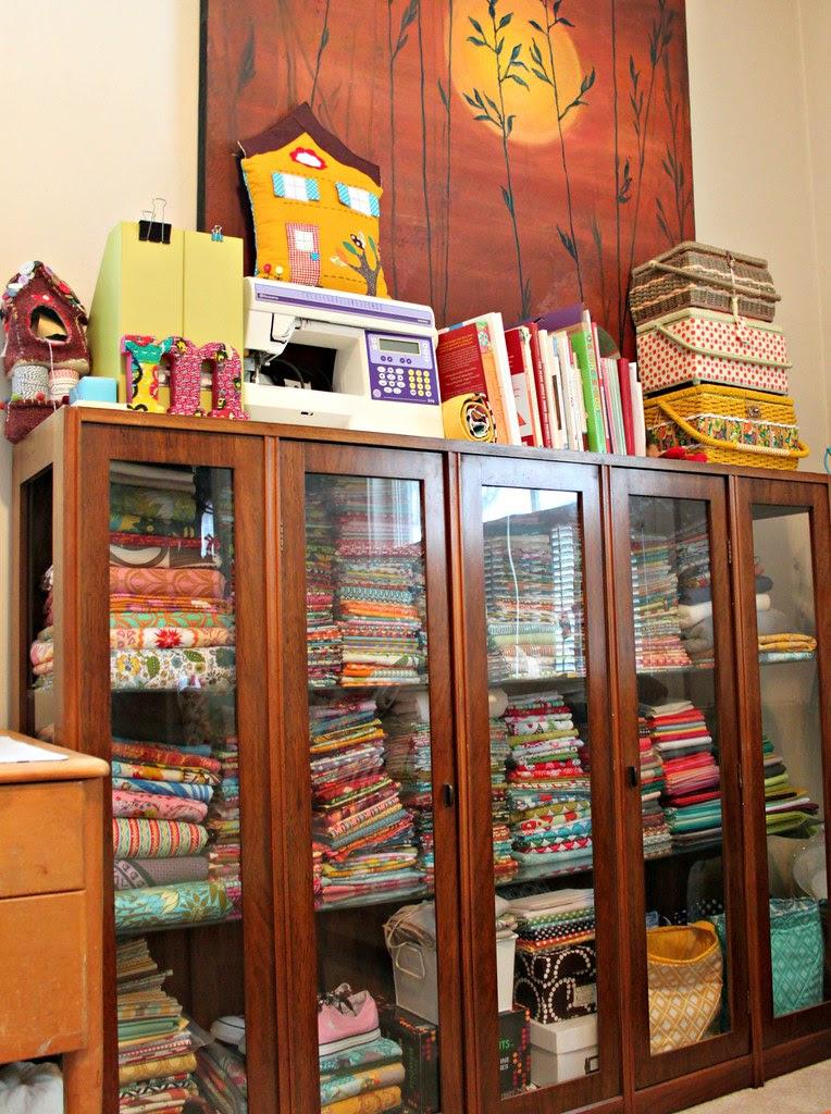 Monster fabric shelf
