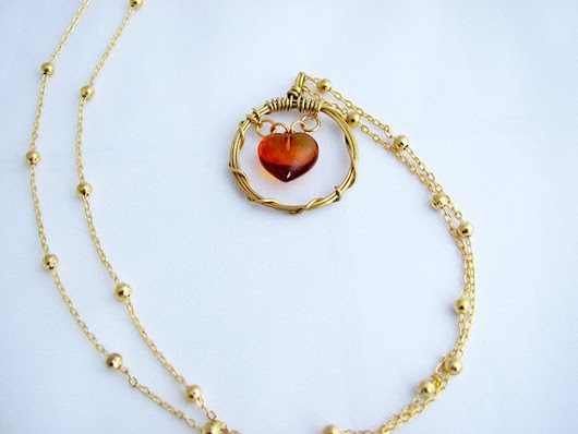 Long necklace golden necklace amber necklace heart by ArteNascosta