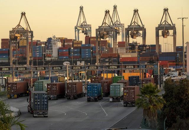 Le chaos de la chaîne d'approvisionnement frappe déjà la croissance mondiale.  Et c'est sur le point d'empirer