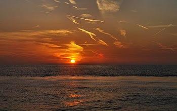 English: Red sunrise over Oostende, Belgium