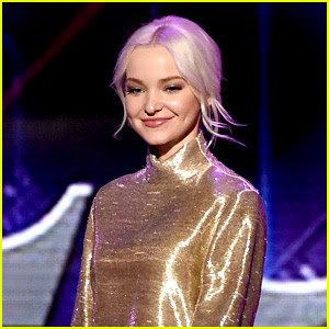 Dove Cameron Is Getting Raves for 'Mamma Mia' at the Hollywood Bowl!