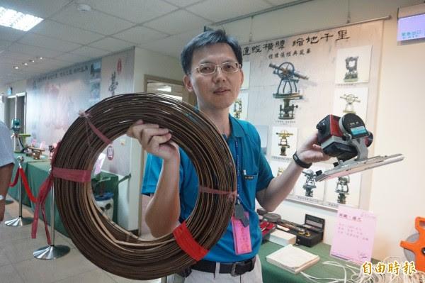 雅潭地政所檔案展 新舊儀器感受科技變遷