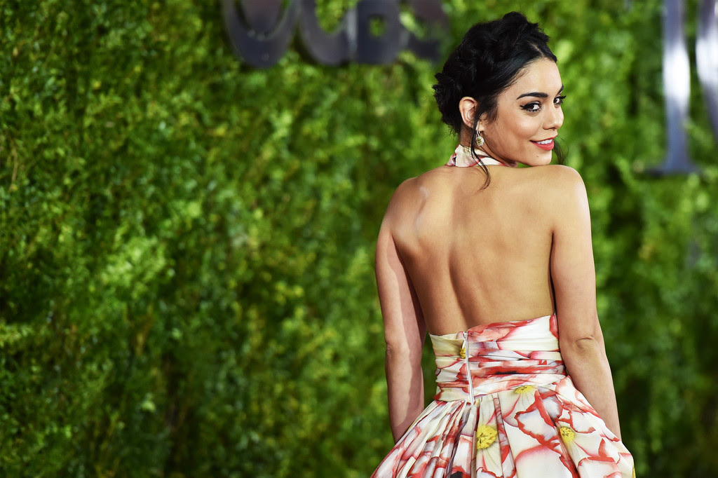 http://www1.pictures.zimbio.com/gi/Vanessa+Hudgens+2015+Tony+Awards+Alternative+WVVxsTigbUJx.jpg
