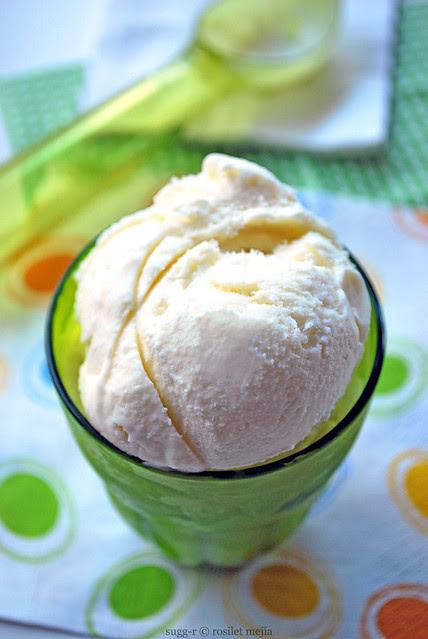 helado de coco fácil / easy coconut ice cream