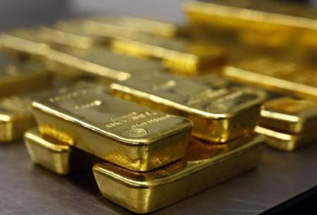 Gold prices facing conflicting signs ahead of the US data
