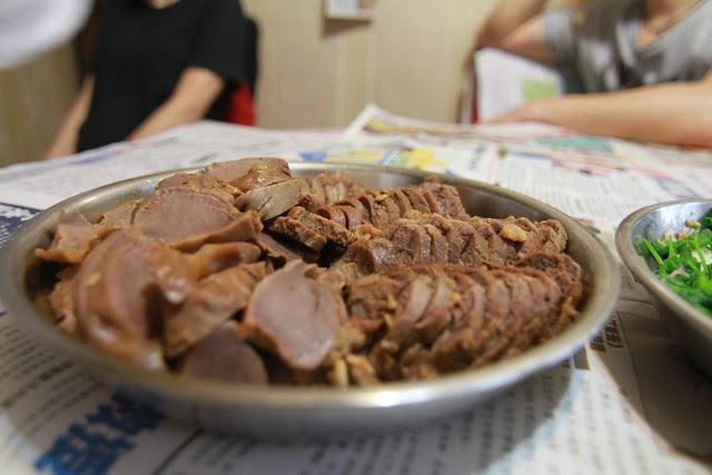 Marinated beef shin & chicken gizzards