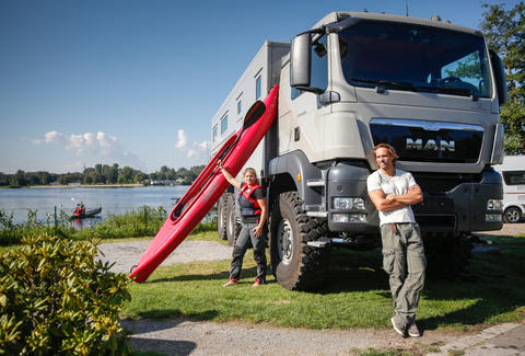 Action Mobil Global XRS 7200 Motorhome