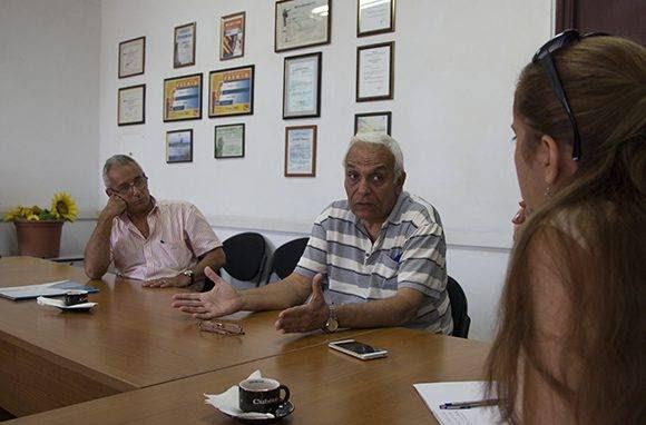 Cubadebate entrevista a trabajadores de la EMPROY 2 para conocer acerca del funcionamiento de la Empresa Estatal Socialista. Foto: Ladyrene/ Pérez.