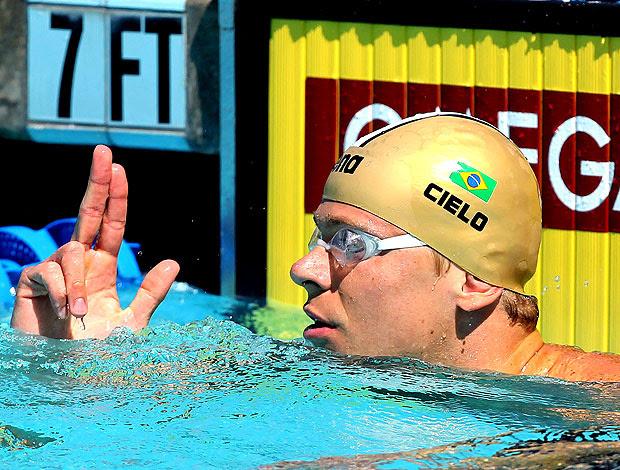 Cesar Cielo durante eliminatória dos 50 metros livre em Irvine