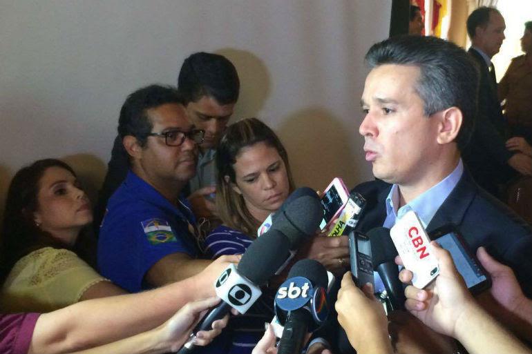 Secretário Felipe Carreras conversou com clubes. Foto: Luana Ponsoni/Jornal do Commercio