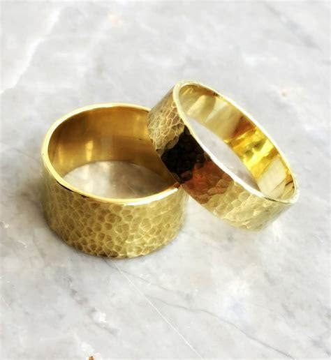 Set Of Wedding Rings. His And Hers Wedding Ring. Set Of