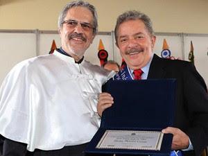 O ex-presidente Luiz Inácio Lula da Silva recebe título de Doutor Honoris Causa pela Universidade da Integração Internacional da Lusofonia Afro-Brasileira (Unilab), em Redenção, no Ceará. (Foto: Rodolfo Stuckert/Instituto Lula)