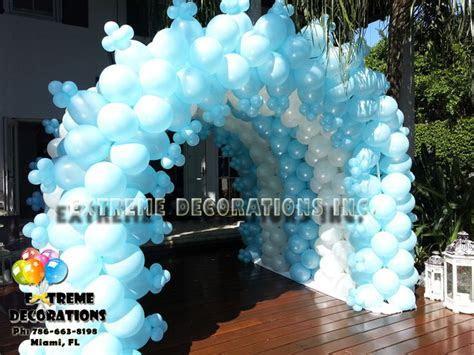 Frozen balloon Tunnel. Balloon arch. Frozen party