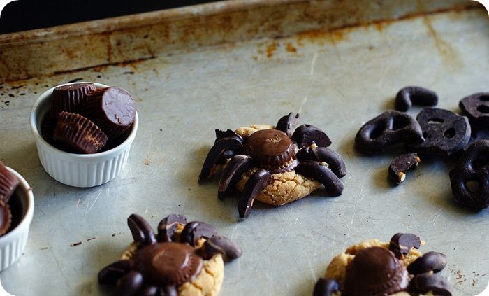spider peanut butter blossoms try 1 photo spiderpeanutbutterblossomsfirsttry.jpg