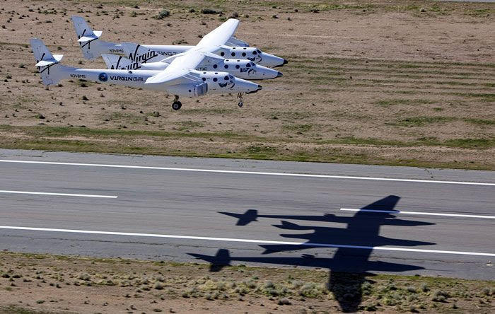 The VMS Eve and VSS Enterprise about to land at Mojave Air and Spaceport in California.
