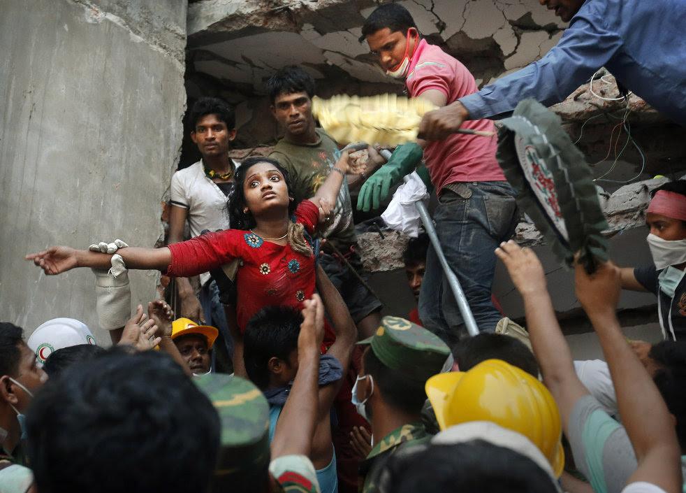 bangladesh_building_collapse_01.jpg