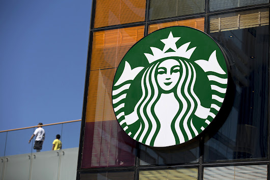 Starbucks tries offering beer-flavored Dark Barrel Latte
