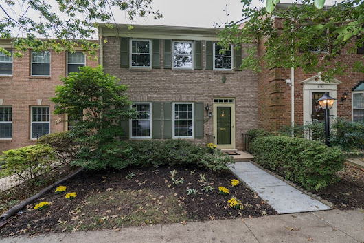 Jane Quill Presents: 3153 LINDENWOOD LN, FAIRFAX, VA 22031