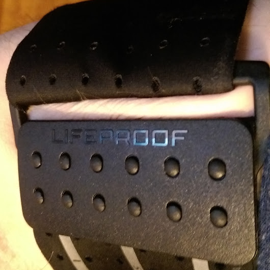 Product Review: Lifeproof Armband