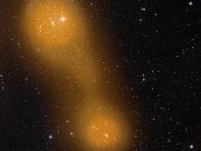Dois aglomerados de galáxias