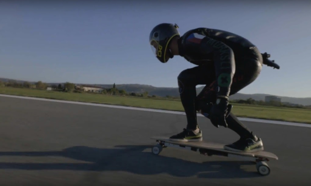 Guinness World Record\u002639;s Fastest Skateboard Speed Smashed By Pro Longboard Racer With 60mph