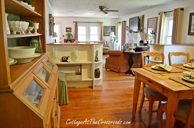 living and dining room | Cottage at the Crossroads