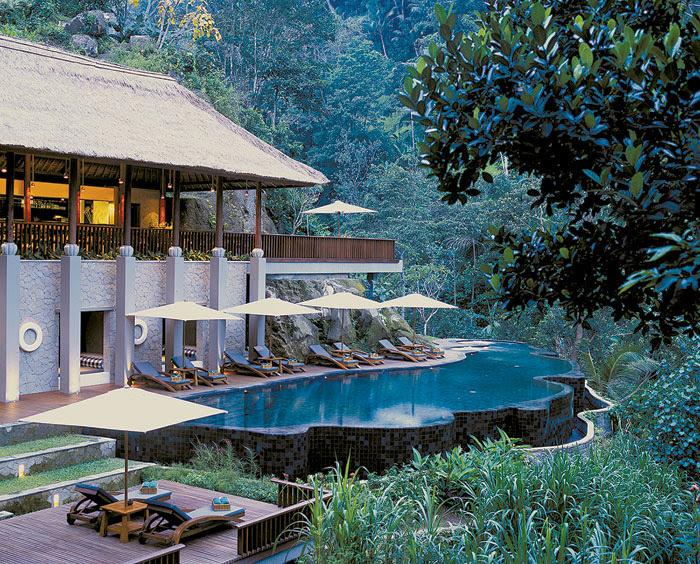 maya ubud lagoon pool 4