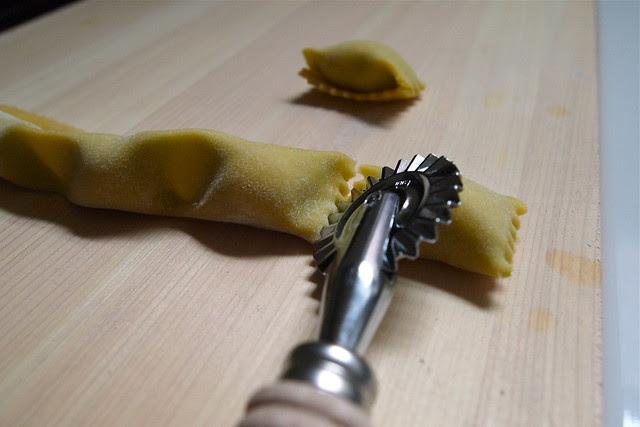 Cutting agnolotti