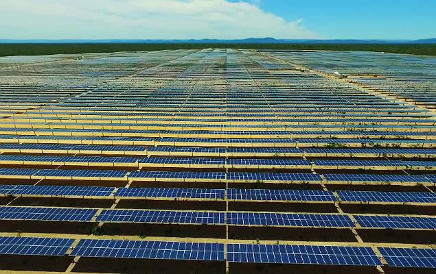 Parque solar da empresa italiana Enel na Bahia