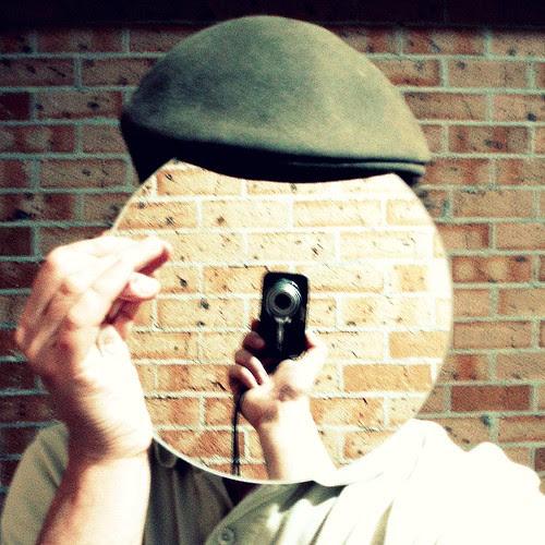 18/09/2009 (Day 3.261) - Mirror Man por Kaptain Kobold