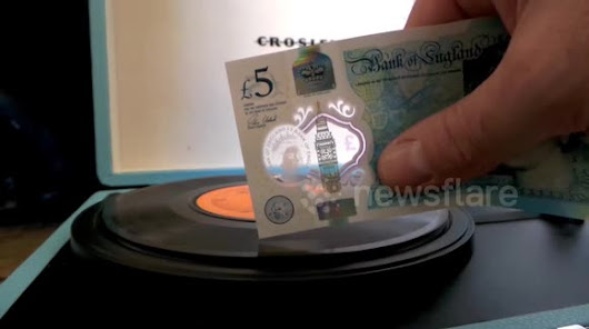 The new five pound note can play a vinyl