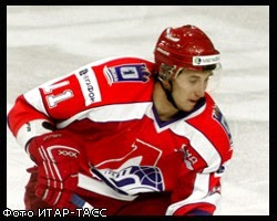 Умер Хоккеист / Umer Hokkeist Aleksej Tezikov - Врачи боролись за его жизнь, но травма оказалась слишком.