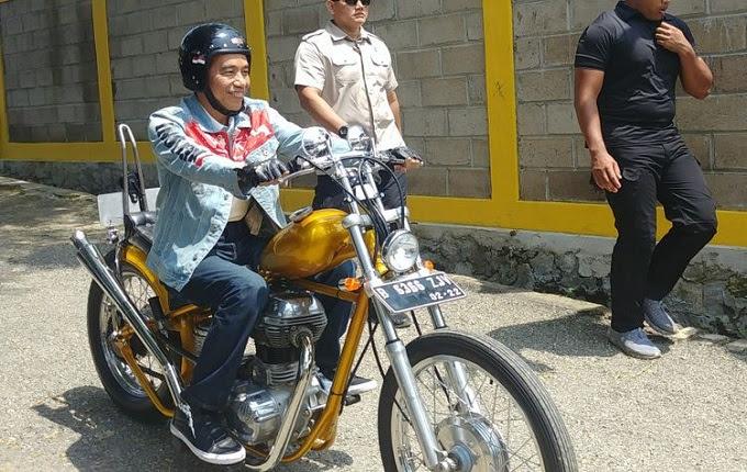 Setelah booming karena menentukan motor chopper hasil ubahan Elders Garage Bernhard Suryaningrat Berbicara Soal Apresiasi Terhadap Jaket Denim Jokowi