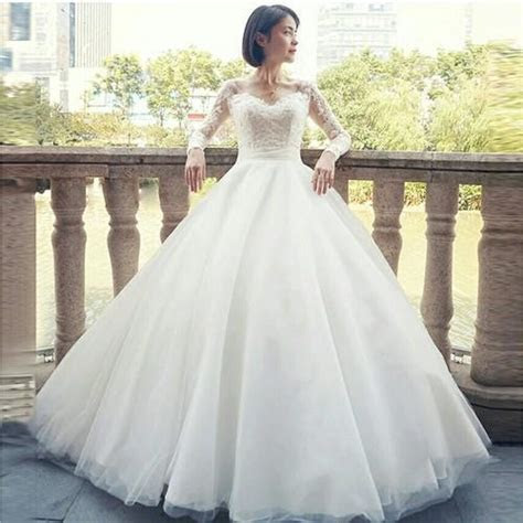 Wedding Gowns   White Wedding Ball Gown V Neck
