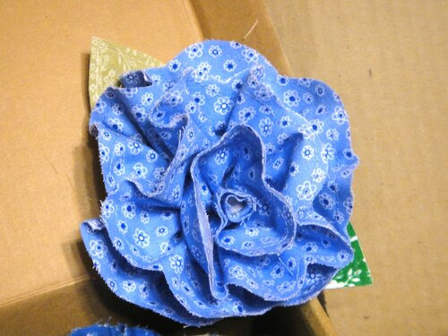 Розы текстильные