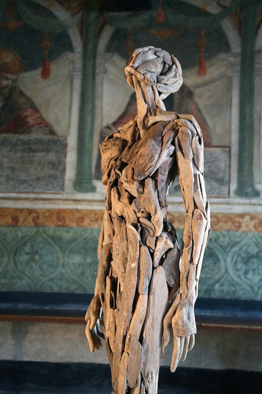 Beautiful and haunting human forms made of driftwood