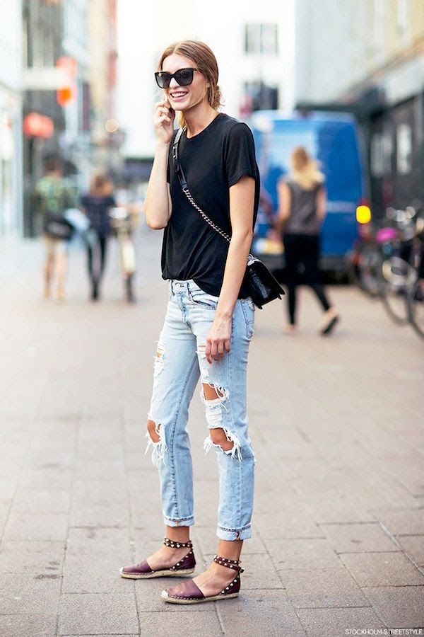 Le Fashion Blog Model Off Duty Street Style Weekend Casual Cristina Mantas Cat Eye Sunglasses Black Tee Crossbody Bag Ripped Jeans Valentino Studded Espadrilles
