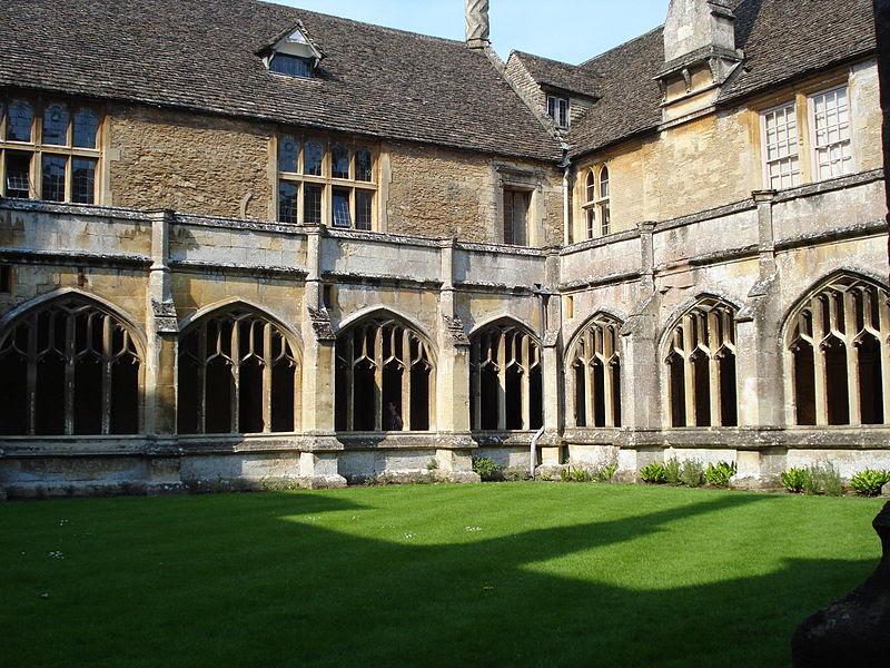 File:Lacock Abbey cloister.jpg